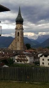 <h5>Juni: Jonathan im Südtirol</h5><p>Aktivferien auf Bauernhöfen (mit viel gutem Essen)</p>