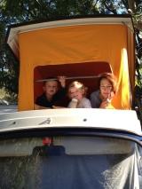 <h5>Juni: Vanessa auf Elba</h5><p>Kinder-VW-Bus-Ferien – ausschlafen war kein Thema.</p>