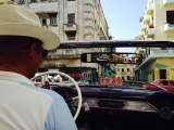<h5>August: Petra in Havanna</h5><p>Mit dem Oldtimer auf den Spuren von Che Guevara</p>