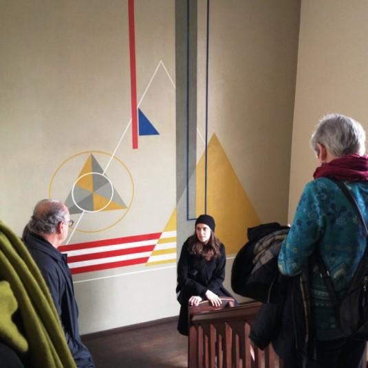 Bauhaus-Studentin im Einsatz als Guide