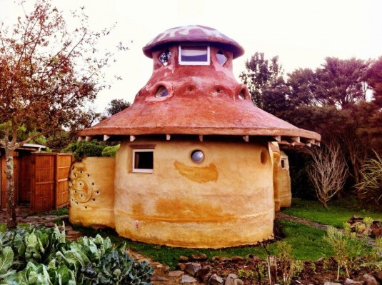 Earthdome im Solscape Eco Retreat
