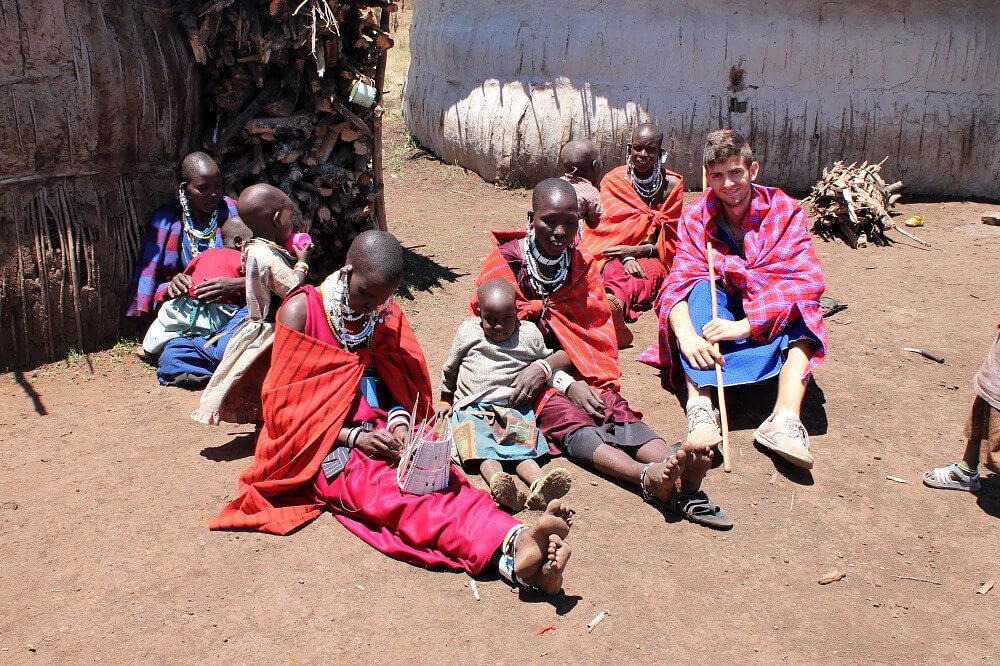 """Hakuna Matata"" im Massai-Dorf"