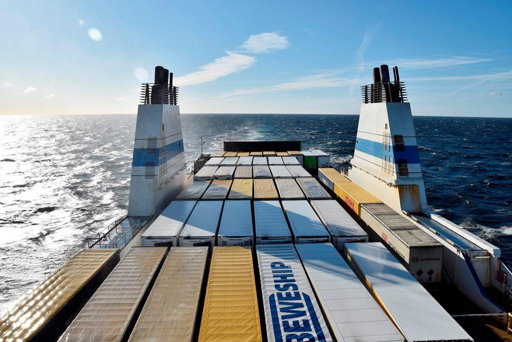 Mit Zug und Schiff von Zürich zum Polarkreis