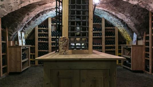 Der Weinkeller - hier herrscht Charly (Bild: zvg)