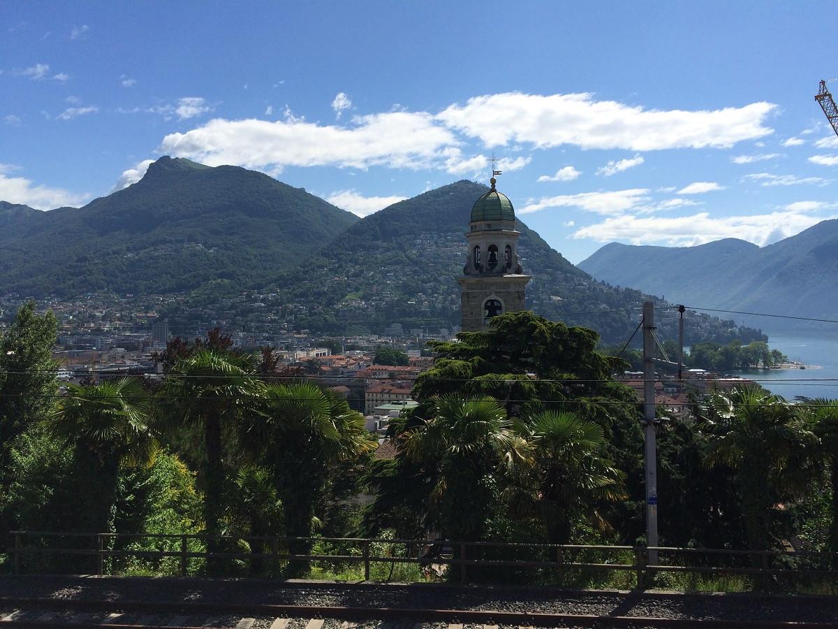 Gelati und Oliven in der Sonnenstube Lugano