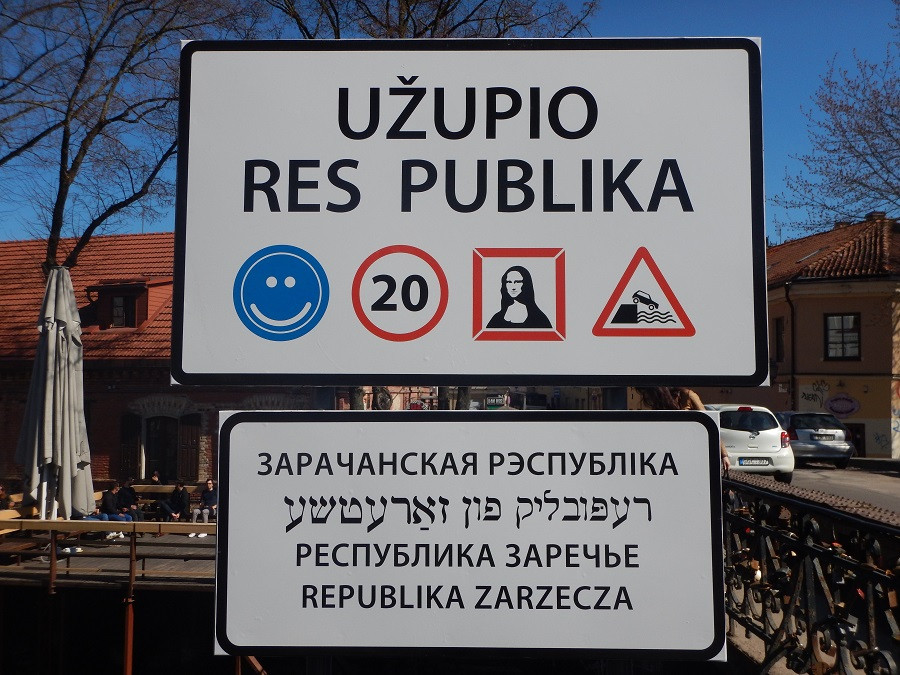 17_Republik Uzupio