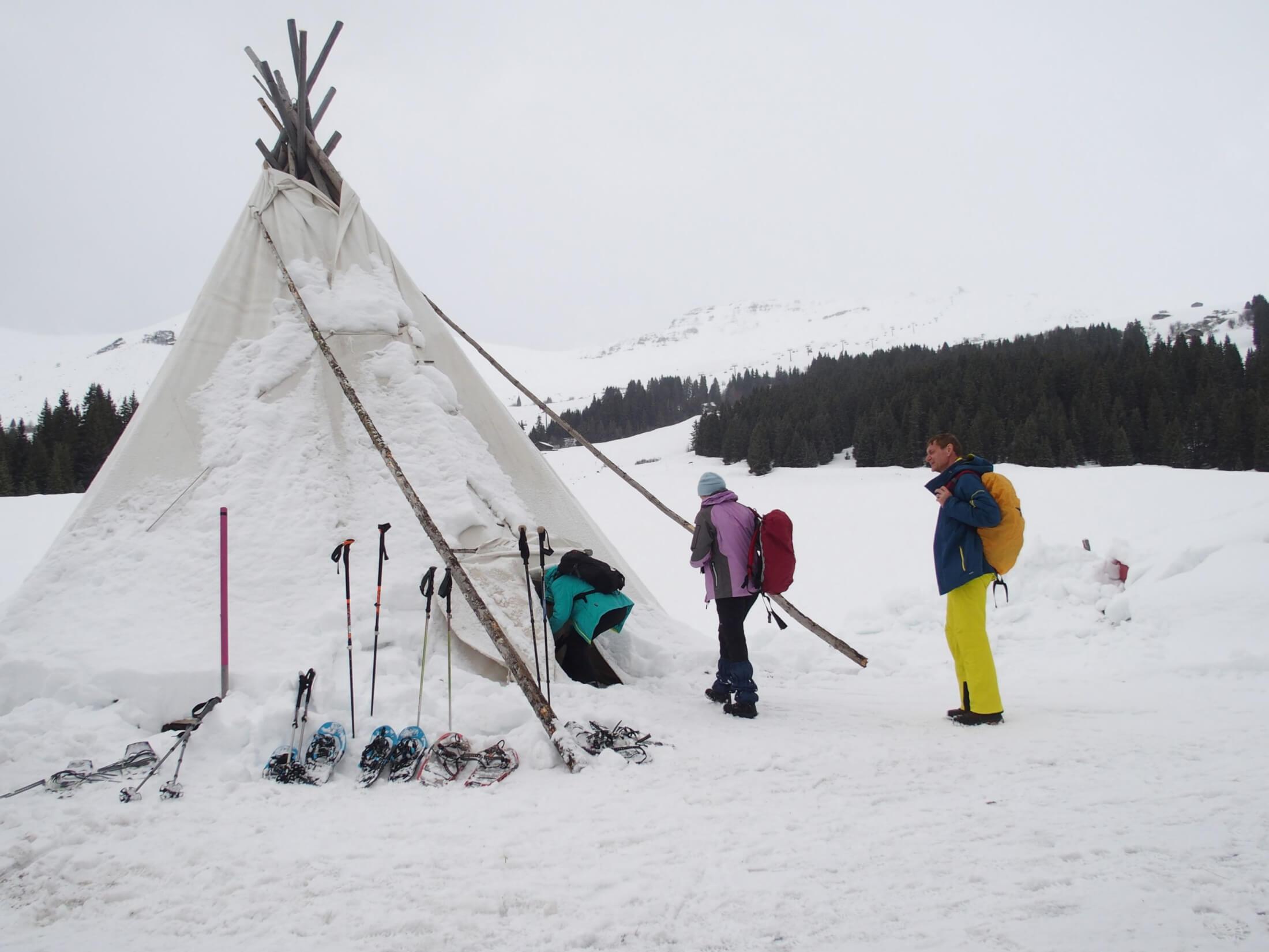 schneeschuh schneeschuhwanderung winter natur tippi