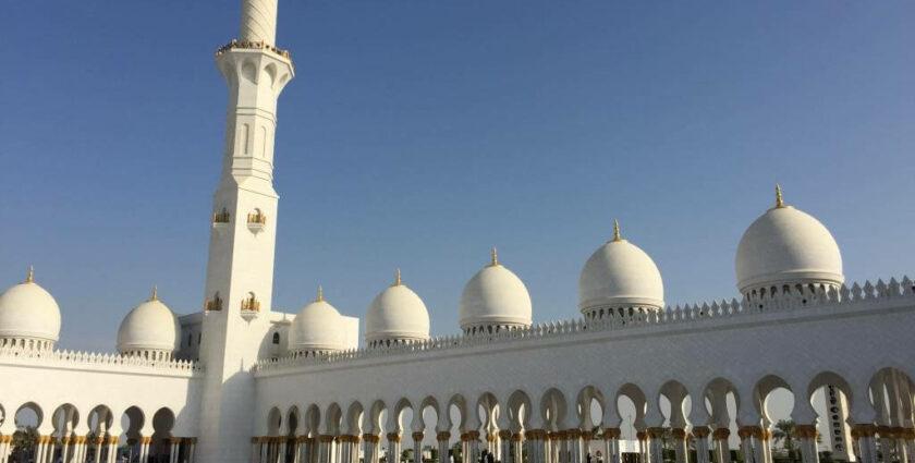 Scheich-Zayid-Moschee in Abu Dhabi – nur das Beste ist gut genug
