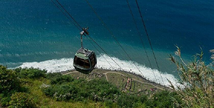 Eine unvergessliche Seilbahnfahrt auf Madeira