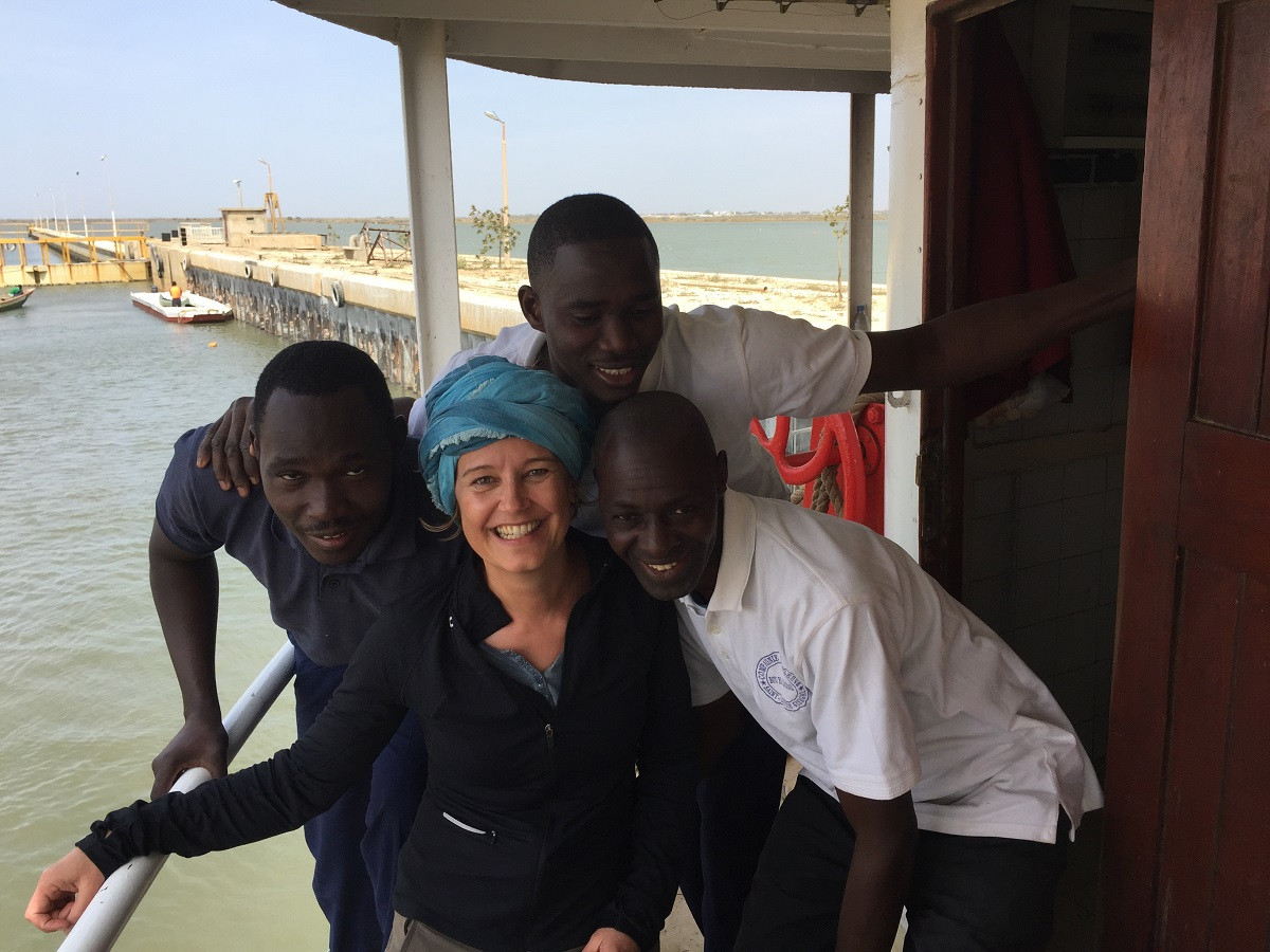 Flussfahrt Senegalfluss Schiff