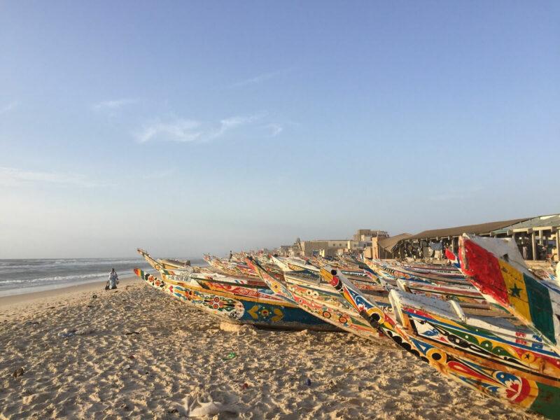 Senegal Strand Fischerboote
