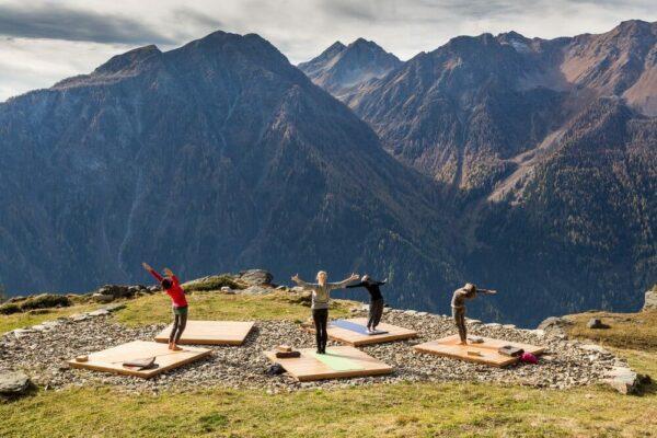 """Yoga für unterwegs – wo """"Om Shanti"""" im Sommer 2018 überall stattfindet"""